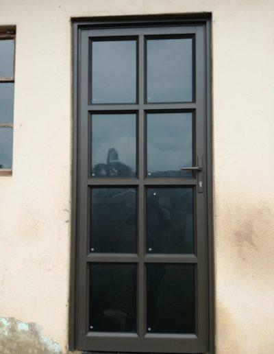 Alucity Single Entrance Hinged Door