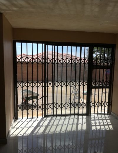 Alucity Sliding Doors With Sidelight
