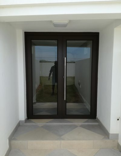 Alucity Full Glass Doors Umhloti